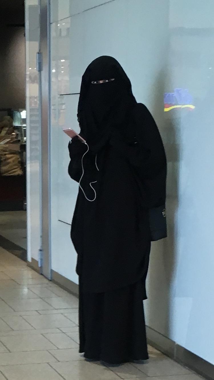 burkas wir stehen auf